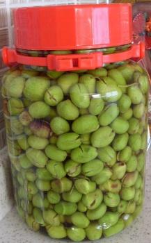 slit olives